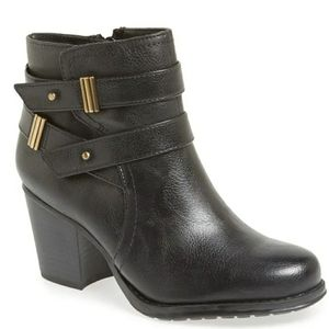 Naturalizer Tipper Ankle Black Booties Size 6.5